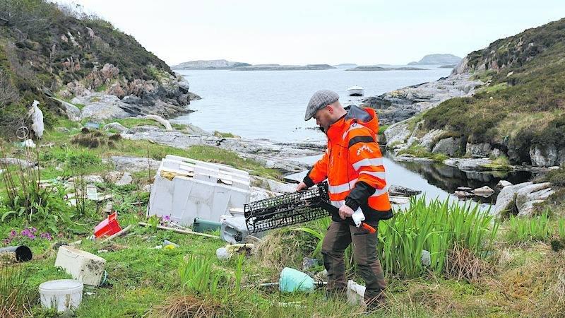 Na norské fjordy útočí plastový odpad
