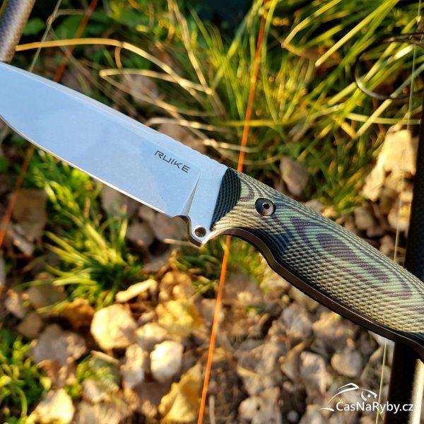 Ruike Jager F118: nečekaně výborný nůž na lov, práci s jídlem, dřevem i nástrahami