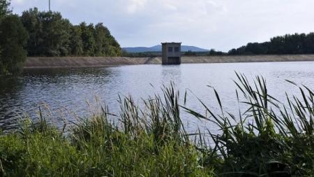 Obnovení rybolovu na vodní nádrži Všechlapy