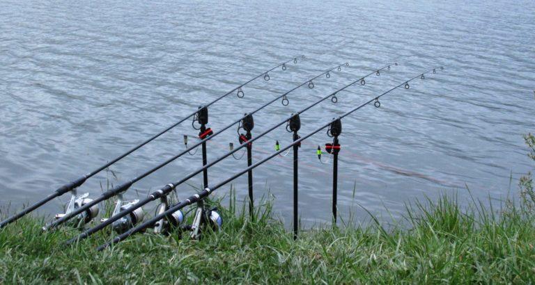 Rybáři umí jenom brblat na internetu! 3 nejtrapnější výmluvy, proč nejít na členskou schůzi!