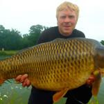 DŮLEŽITÉ: Jak se šetrně chovat k rybám v letních vedrech? Ryby neustále polévejte a nefotografujte dlouho!