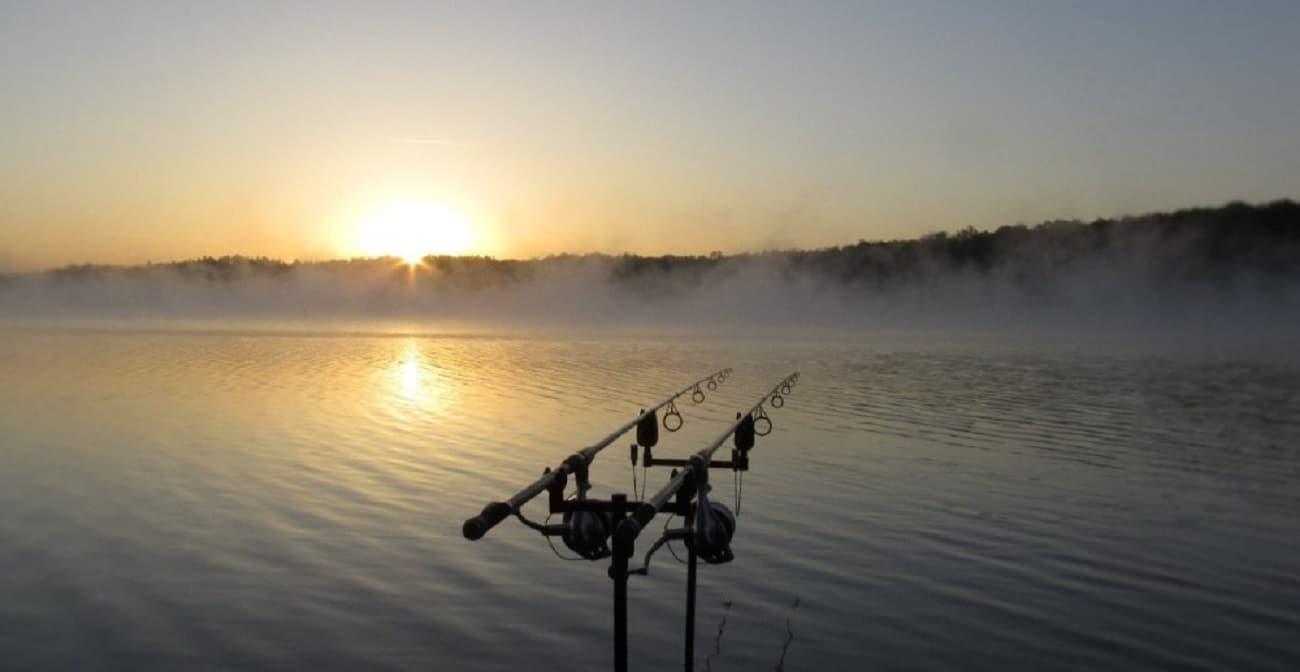 Potvrzeno! Končí non-stop rybaření na populární přehradě! Můžou za to porybní?