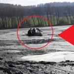 BIZÁR: Hasiči museli zachraňovat muže, který uvízl vbahně vypuštěného rybníka