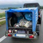 Umělá vagína nebo robertek: Kapraři na Pálavě posbírali 3 kontejnery odpadu!