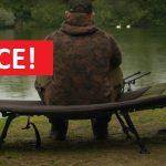 Brutální akce! Nadupaná lehátka pro rybáře FOX výrazně levněji! Ušetřete balík peněz!