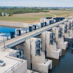 Nákladní lodě až do Ostravy? Poláci postavili u hranic na Odře obrovskou přehradu, která zvedne vodu v řece!