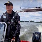"""VIDEO: Pokuty až 100000 korun? Na Nových Mlýnech budou """"řádit"""" policisté na člunu"""