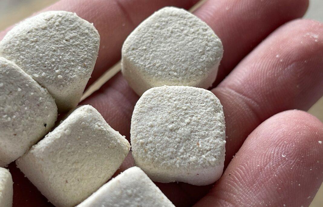 Česneková bomba! Bílé nugety na kapry se silným aroma, které přechytají pelety i boilies