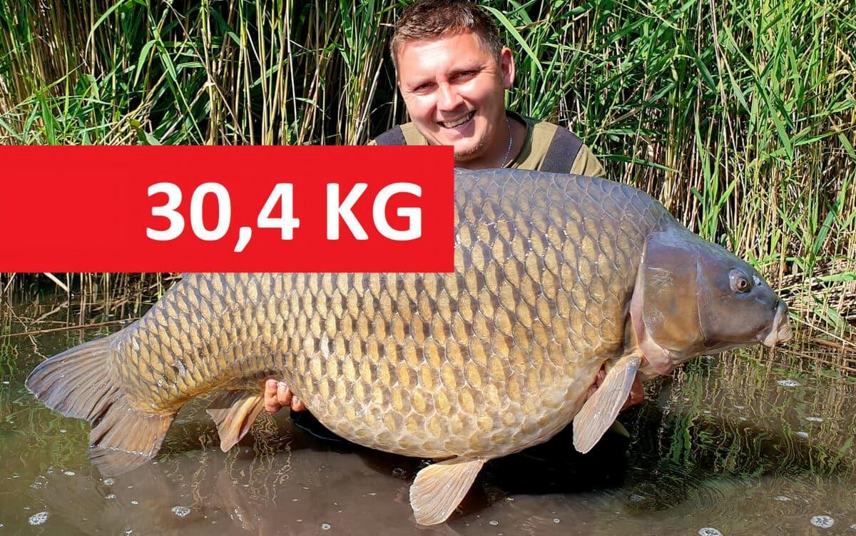Gigantičtí kapři přes 30 kilo zčeských vod! Kde je rybáři chytili?