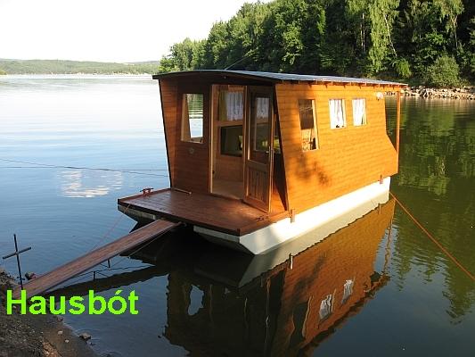 Pronájem dvou chat u vody, hausbótu a kajutového člunu na orlické přehradě