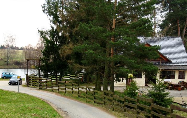 Chata POMERANCH u rybníka, Moravský kras