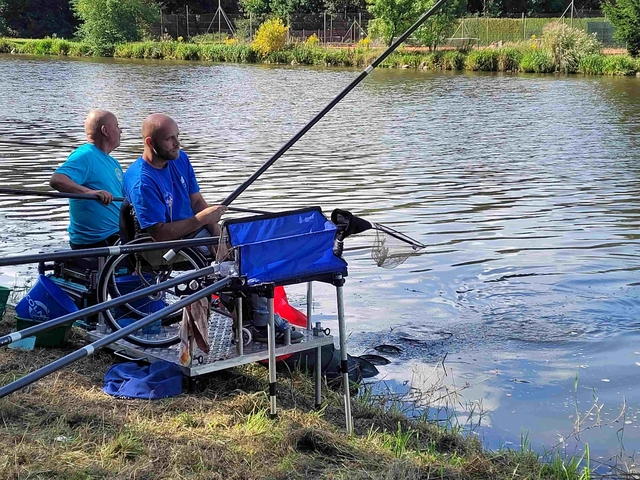 Soustředění širšího výběru reprezentace handicapovaných rybářů v plavané
