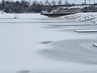 Upozornění: lov ryb pod ledem na Veslařském kanálu Račice prozatím není možný