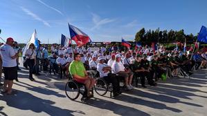 Držíme palce: handicapovaní rybáři bojují vItálii na mistrovství světa vplavané