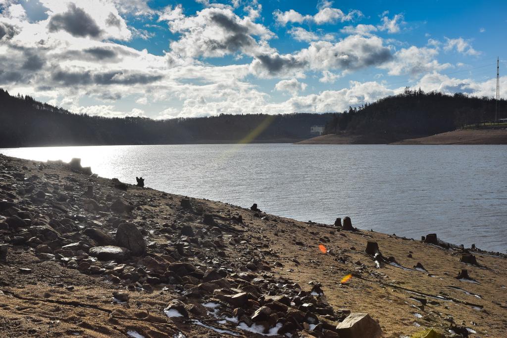 Úklid Orlické přehrady: první vlna za námi, zveme vás na 15. února!