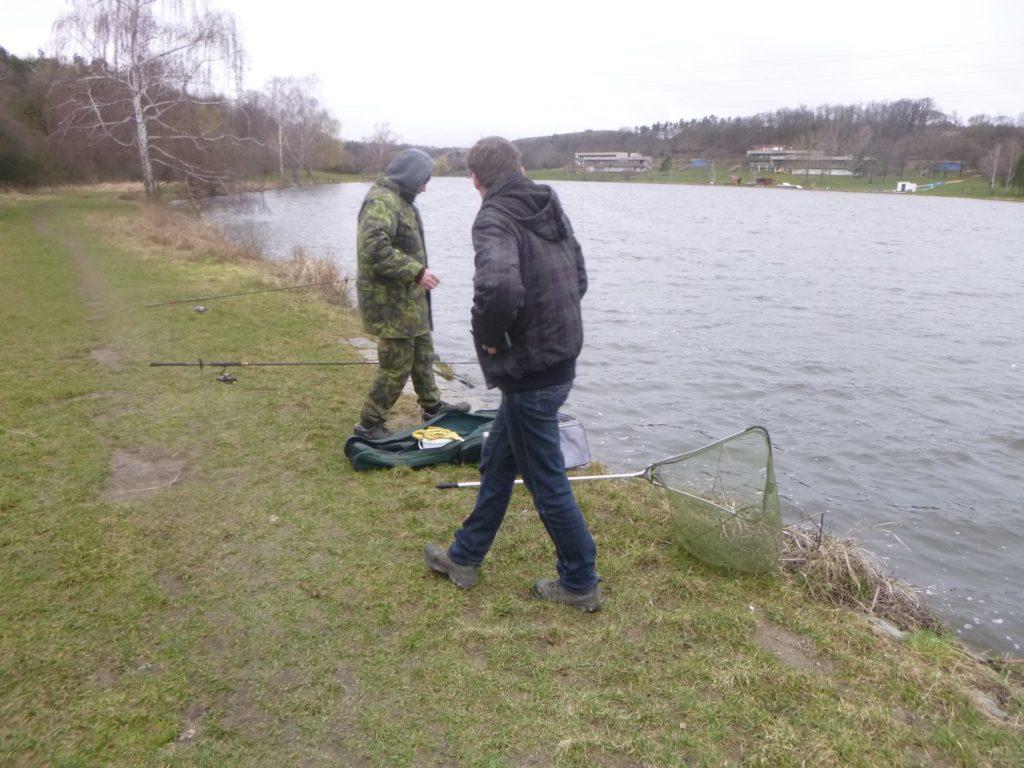 Rybářská stráž může udělit blokovou pokutu. Co na to rybáři?