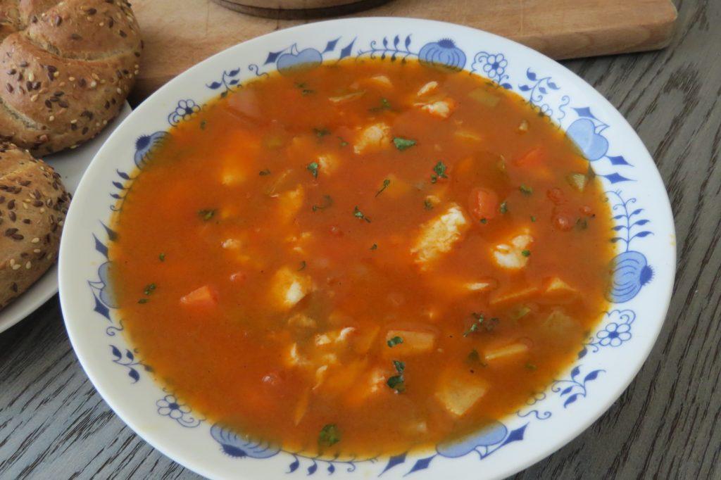Pikantní polévka ze sumce