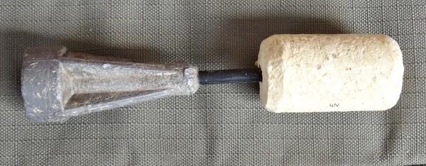 Olůvko s plovakem vyrobené z korkové zátky z vína a krmítka